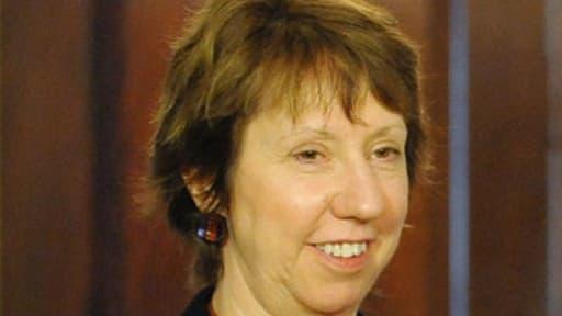 La représentante de la diplomatie de l'Union européenne Catherine Ashton a rencontré l'ex-président islamiste Mohamed Morsi dans un endroit tenu secret en Egypte