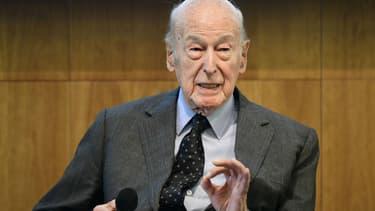 """""""VGE"""" est le seul ancien président de la République à siéger au Conseil constitutionnel."""