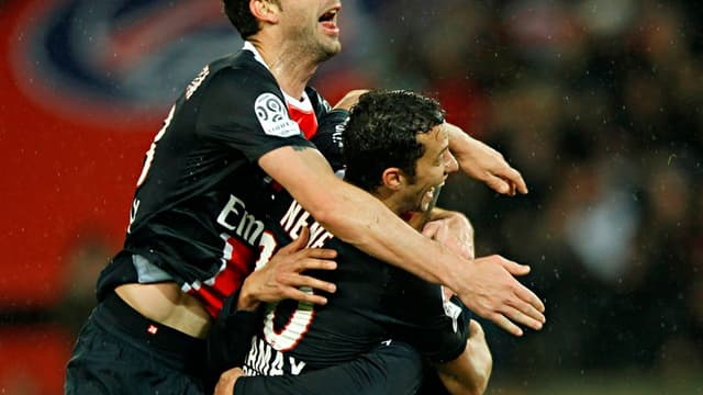 Thiago Motta félicite ici Nene