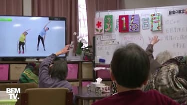 Coronavirus: au Japon, des personnes âgées font leurs exercices grâce à des vidéos YouTube pour éviter d'aller dehors