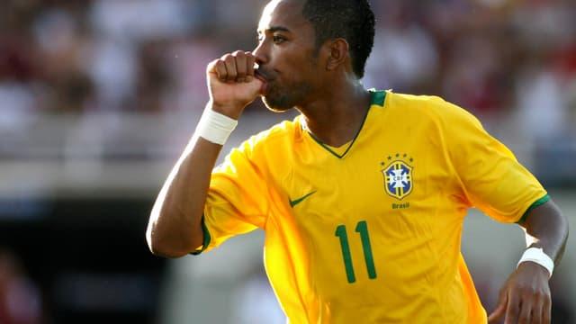 Robinho se verrait bien au Milan AC