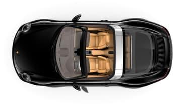 Une Porsche 911 Targa avec un habitacle couleur Cognac, l'une des teintes jugées trop éblouissantes par les plaignants.