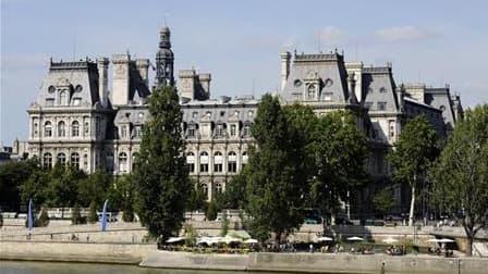 La ville de Paris a démenti mardi avoir été pénalisée pour non-respect de la loi sur le logement social, comme l'écrit le quotidien Les Echos. Selon le quotidien économique, la capitale a écopé d'une amende record de 15,1 millions d'euros pour avoir enfre
