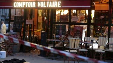 Brahim Abdeslam portait une ceinture de TATP pour se faire exploser au Comptoir Voltaire.