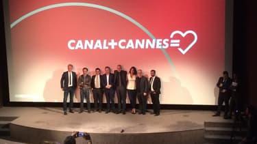 Thierry Frémaux, Maxime Saada et les présentateurs des émissions cannoises de Canal Plus le 20 avril