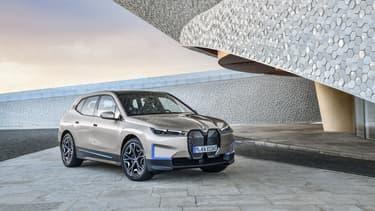 Le concept BMW Vision iNEXT devient la BMW iX