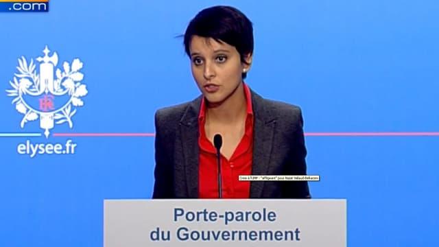 """La porte-parole du gouvernement Najat Vallaud-Belkacem a qualifié """"d'affligeant"""" le chaos qui continue de régner à l'UMP."""