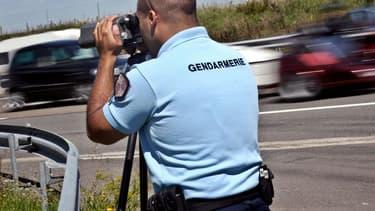 Les quinze accusés sont soupçonnés d'avoir averti des automobilistes de la présence sur les routes de forces de l'ordre.