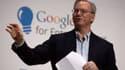 """Eric Schmidt, le patron de Google, estime qu'Amazon """"répond aux mêmes questions des utilisateurs que Google""""."""