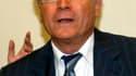 Le président de la communauté urbaine de Marseille, Eugène Caselli, fait partie des quatre nouvelles personnalités placées en garde à vue mercredi dans le cadre de l'enquête sur des marchés publics présumés frauduleux autour de la cité phocéenne. /Photo d