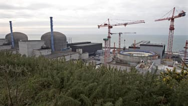 Site nucléaire EPR de Flamanville. Après le revers enregistré par Areva en Finlande, le groupe écologiste de l'Assemblée nationale a demandé lundi la création d'une commission d'enquête parlementaire sur les réacteurs nucléaires de troisième génération (E