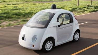 La Google car sera présentée pour la première fois en Europe à Paris la semaine prochaine, mais Google ne veut pas lui faire affronter les rues parisiennes: elle ne roulera pas.