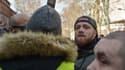 Maxime Nicolle, aussi connu sous le pseudonyme de FlyRider, le 19 janvier 2019 à Toulouse lors d'une manifestation de gilets jaunes.