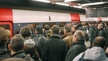 Les Franciliens ont vécu une journée de galère ce mardi, sur les routes comme dans les transports en commun.