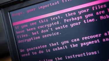 """Le virus a touché """"la messagerie et d'autres applications métiers"""" utilisées par le groupe Ramsy Générale de Santé, bloquant son système informatique et forçant ses employés à revenir au papier et au crayon pour gérer les plannings"""