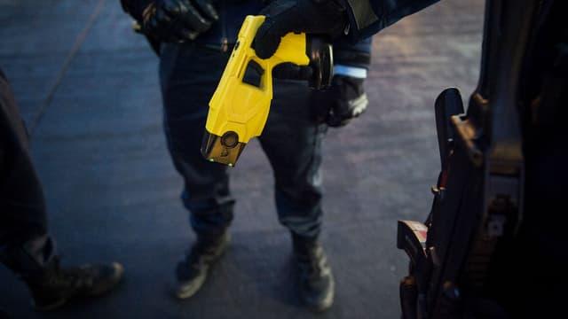 La police a justifié l'usage du taser. (Image d'illustration)
