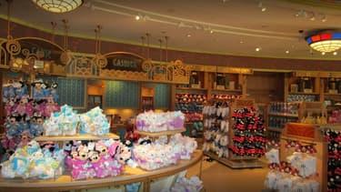 La boutique Wolrd of Disney située au cœur de Disney Village, à Chessy.