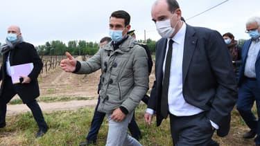 Jean Castex, lors de son déplacement à Montagnac, samedi 17 avril 2021