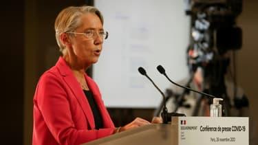 La ministre du Travail Elisabeth Borne, à Paris, le 26 novembre 2020