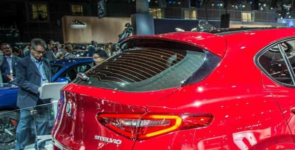 Alfa Romeo a dévoilé aux Etats-Unis la version la plus puissante du SUV, la version Quadrifoglio Verde, avec un V6 de 510 chevaux.