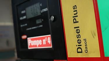 Une autre hausse de 2 centimes par litre est programmée pour le 1er janvier.