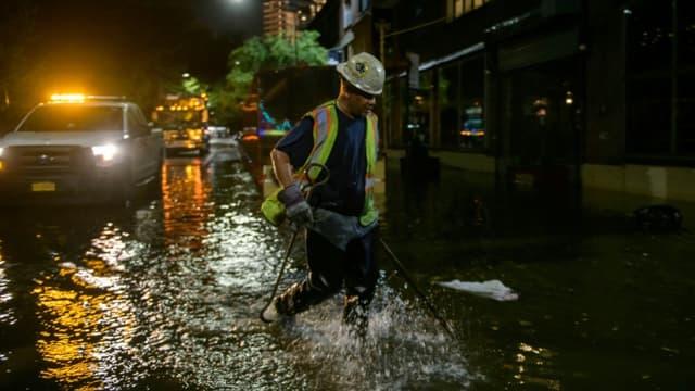 Inondations à Brooklyn, au passage des restes de l'ouragan Ida, le 2 septembre 2021 à New York