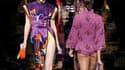 Au dernier jour des défilés parisiens de prêt-à-porter, Louis Vuitton, fleuron du groupe LVMH, a rendu hommage mercredi aux beautés d'Extrême Orient, précieuses et sophistiquées. La collection imaginée par le styliste américain Marc Jacobs propose de long