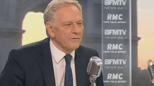 Pierre de Saintignon, tête de liste PS aux élections régionales du Nord-Pas-de-Calais-Picardie, sur le plateau de BFMTV-RMC.