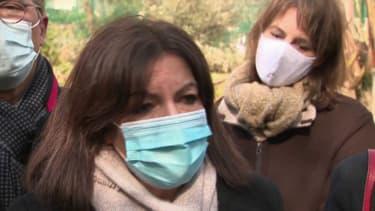 """Anne Hidalgo: """"On espère tous que ce seront les quatre dernières semaines de confinement"""""""