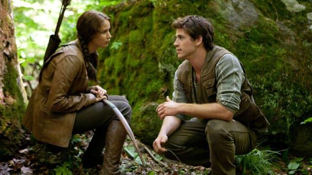 """Jennifer Lawrence et Liam Hemsworth dans """"Hunger Games"""" (2012)"""