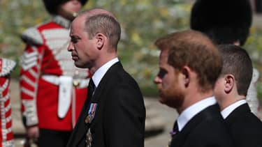 William et Harry lors de la procession du prince Philip, le 17 avril 2021 à Windsor
