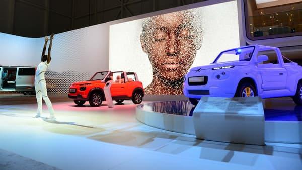 La E-Méhari de série est basée sur un modèle de voiture électrique Bolloré, la BlueSummer.