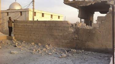 A Taftanaz, près de Maarat al Nouamane, dans le nord-ouest de la Syrie, fin septembre. Selon l'organisation de défense des droits de l'homme Human Rights Watch, les forces gouvernementales syriennes ont largué des bombes à sous-munitions de fabrication ru
