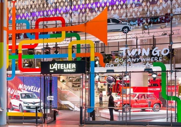 L'Atelier Renault est un espace de rencontres et d'expositions, dédié à la marque au losange.