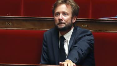Boris Vallaud sur les bancs de l'Assemblée nationale lors d'un débat sur la loi de moralisation de la vie publique, le 27 juillet 2017