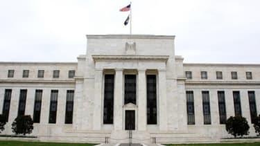 La Banque centrale américaine craint que son programme de soutien à la reprise économique soit trop coûteux et trop important.