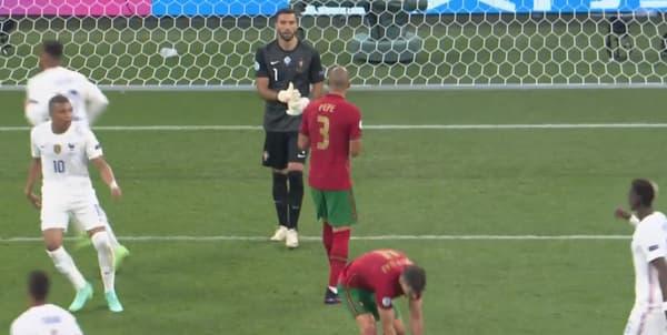 Pepe reproche à son gardien Rui Patricio de ne l'avoir écouté