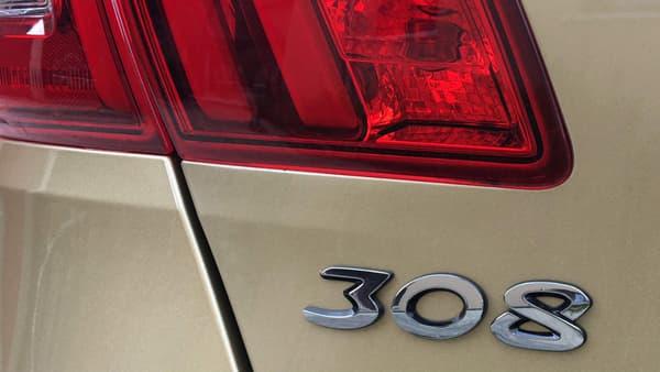 La 308 2e génération est le premier modèle de Peugeot à reprendre le nom du modèle précédent.