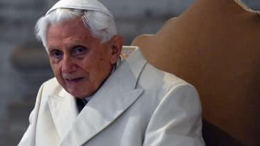 Le pape Benoît XVI en décembre 2015.