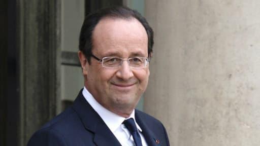 """D'après l'indicateur """"social ecorama"""", le discours de François Hollande a dopé le moral des Français et des entreprises."""