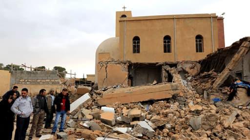 Une église copte détruite dans un attentat à Dafinya, en Libye, en décembre 2012. Les chrétiens sont la communauté la plus harcelée dans le monde.