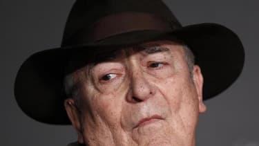 """Bernardo Bertolucci, qui présidera le jury de la 70e Mostra de Venise du 28 août au 7 septembre, préfère désormais les séries télévisées comme """"Mad Men"""" au cinéma hollywoodien qui l'a tant inspiré. /Photo d'archives/REUTERS/Jean-Paul Pélissier"""