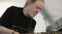 Tonny Ramone le 29 avril 2012 lors d'un concert en Californie. L'ancien batteur des Ramones est mort à 62 ans.