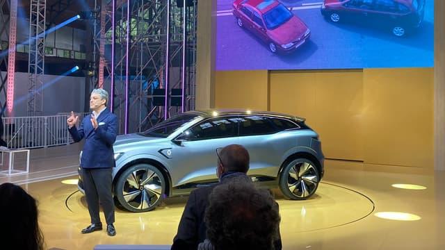 Le patron du groupe Renault, Luca de Meo, lors de l'événement e-Ways