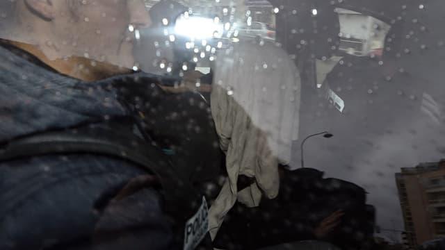 Moussa Coulibaly dans une voiture de police à Nice le 5 février 2015.