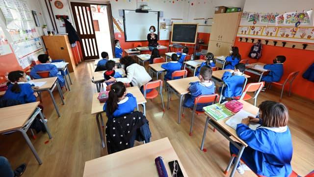 Dans la ville de Caltagirone (sud de l'Italie), le nombre de naissance à été divisé par deux entre 1999 et 2019. Cette chute de la natalité a lieu dans tout le pays et s'est aggravée avec la pandémie.
