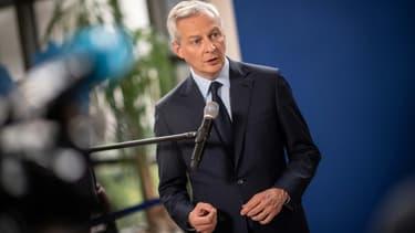 Le ministre de l'Economie Bruno Le Maire fait une déclaration à l'issue d'une réunion avec les syndicats d'Ascoval, en mai 2019 à Paris