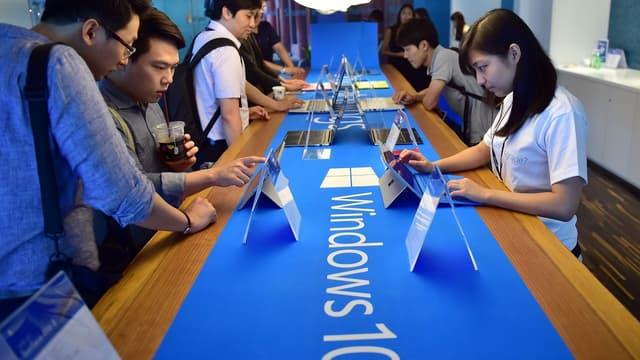 Pour accélérer l'adoption de Windows 10, Microsoft offre pour la première fois une mise à jour gratuite pour les utilisateurs des versions précédentes (Windows 7 et 8).