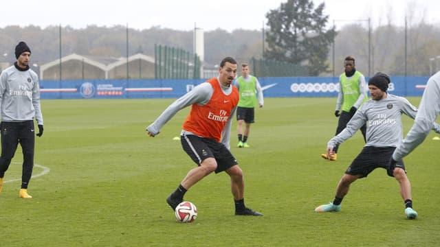 Zlatan Ibrahimovic a repris l'entraînement collectif cette semaine après un mois et demi d'absence.