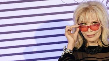 Amanda Lear, en marge de la soirée pour fêter le défilé de Jean-Paul Gaultier au Grand Palais, le 31 mars 2015.